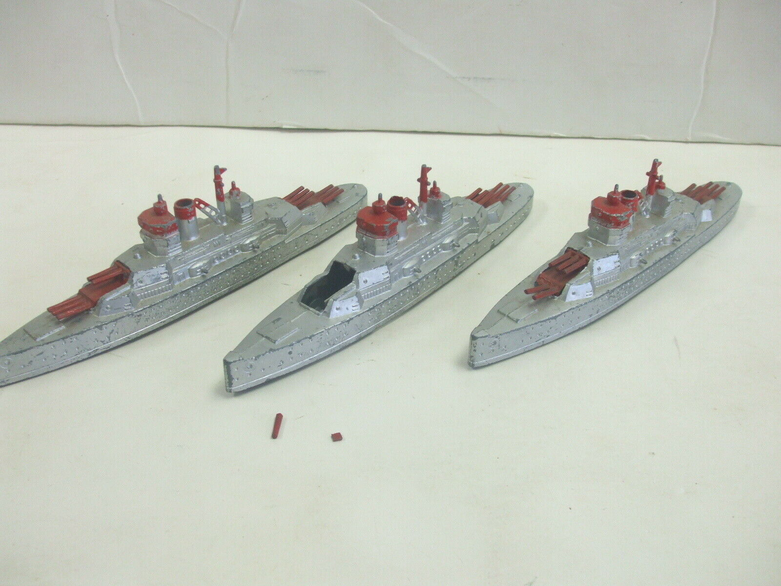 Lot of 3 Vintage Tootsietoy No. 1034 Navy Battleships Nice Condition but Damaged