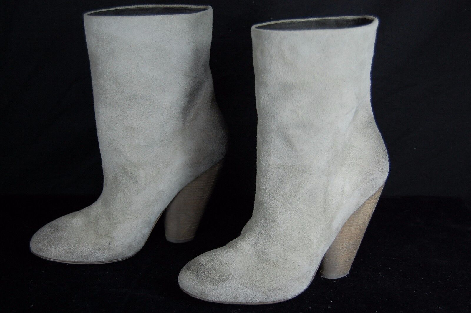 SUPER BEAUTIFUL  MARSELL 'NOLA' GRAY SUEDE WOMEN  ANKLE BOOTS US 9