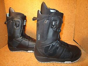 BURTON-WOMENS-MINT-BLACK-GREY-SNOWBOARD-BOOTS-NEW-SIZE-4