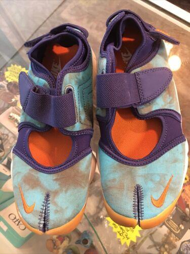 NIKE AIR Rift  Water Shoes Blue Sz 5 Womens Split