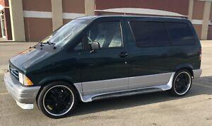 1995 Ford Aerostar XLT Sport
