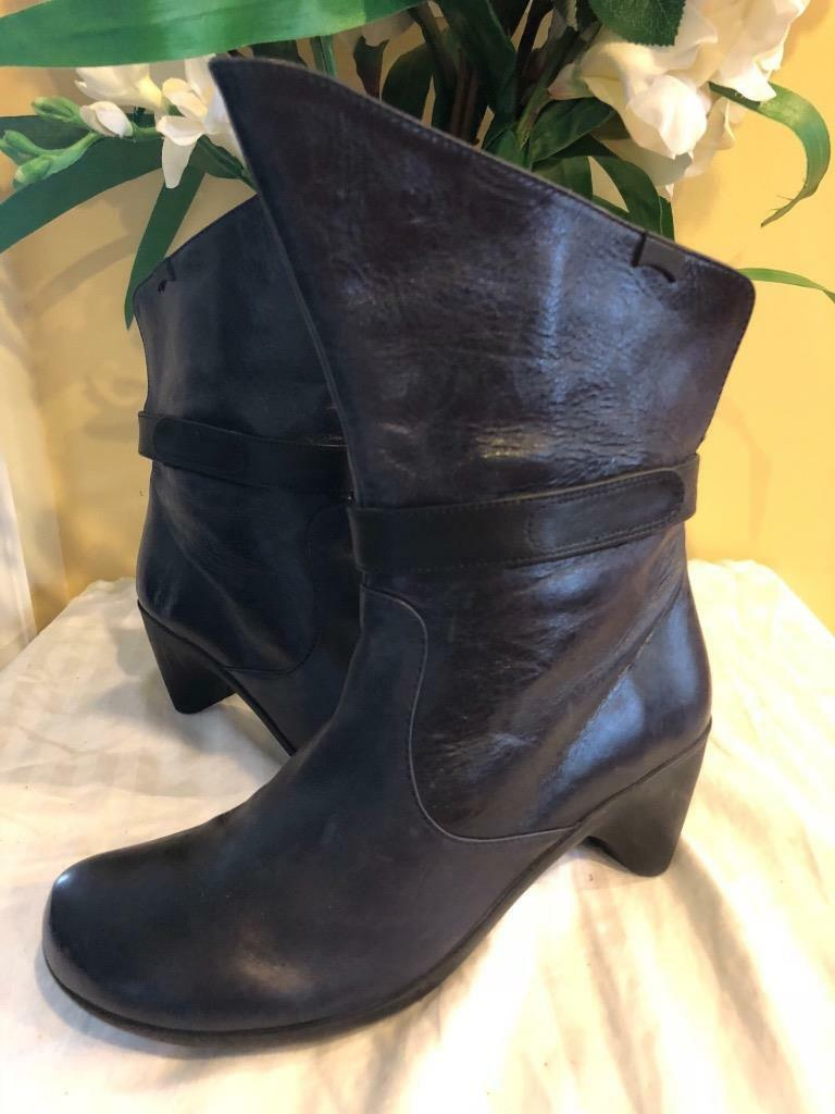 Camper Shoes - B2C. 45978-001 boot size 39 us 9(BOT600
