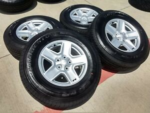 Jeep Rims And Tires >> Details About 17 Jeep Gladiator 2020 Overlander Oem Wheels Rims Tires 2018 2019 Wrangler New
