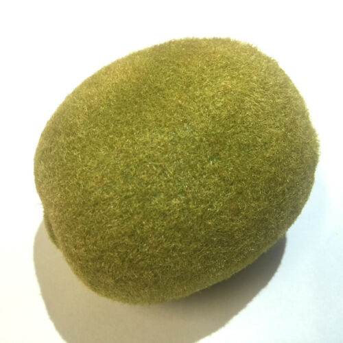 Faux mossy looking ball géocache geocaching sneaky conteneur
