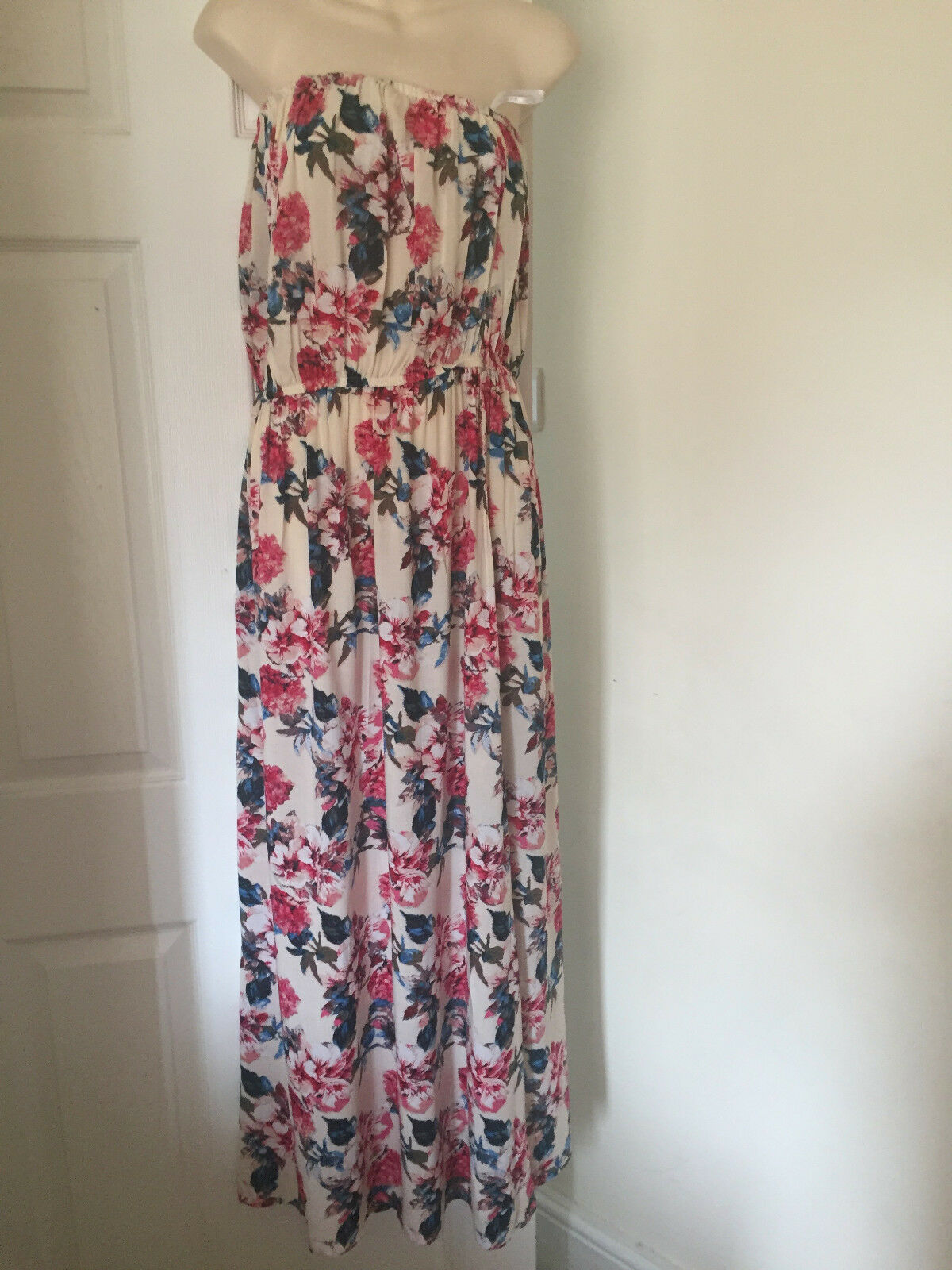 WOMEN LADIES NEW LOOK BOOBTUBE MAXI FLORAL DRESS. SIZE 16
