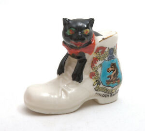 Arcadian-Crested-China-Black-Cat-In-Boot-Kinloch-Rannoch
