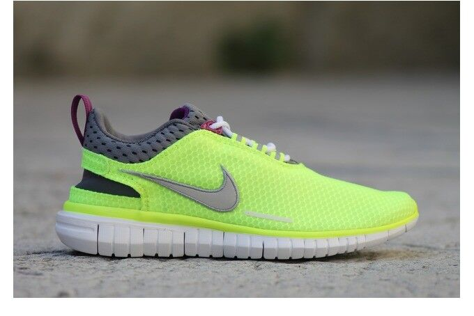 WMNS Nike Free OG '14 BR Volt Metallic Silver Green 644450-700 Size 11.5 US