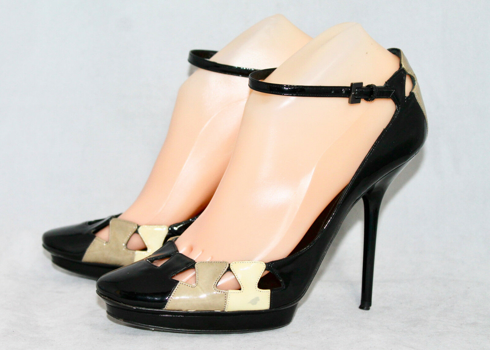GIORGIO ARMANI Wo's 6.5 Eu 37 Black Taupe Beige Patent Stiletto Heel Dress shoes