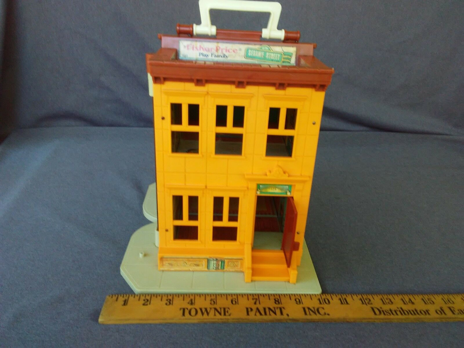 VINTAGE FISHER PRICE  LITTLE PEOPLE PLAY PLAY PLAY FAMILY SESAME STREET BUILDING ONLY 2b6d40