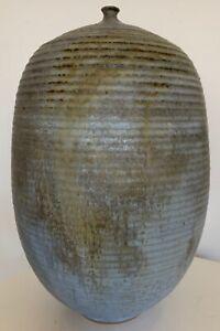 Vintage-Bulbous-Stoneware-Vase-Vessel-Mid-Century-Modern-Studio-Pottery-Deyoe