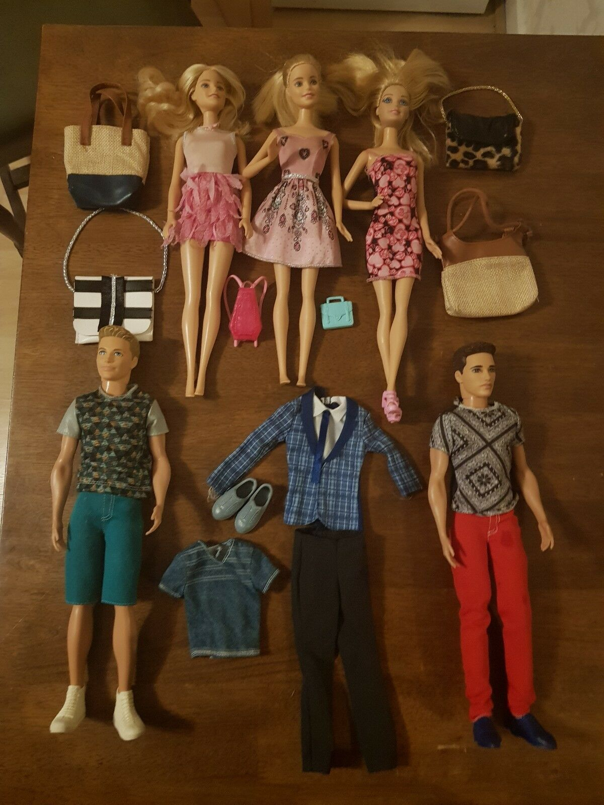 ORIGINALE Barbie e Ken Bambole e accessori