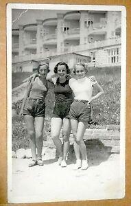 Vintage-Postcard-Teenage-Girls-Real-Photo-Postcard-RPPC