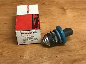 NOS GENUINE FORD FUEL INJECTOR OEM E53Z-9F593-C FREE SHIPPING E53Z9F593C