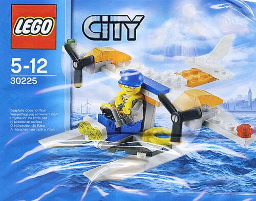 NEW Coast Guard Seaplane Poly Bag Set 2015 LEGO 30225 CITY