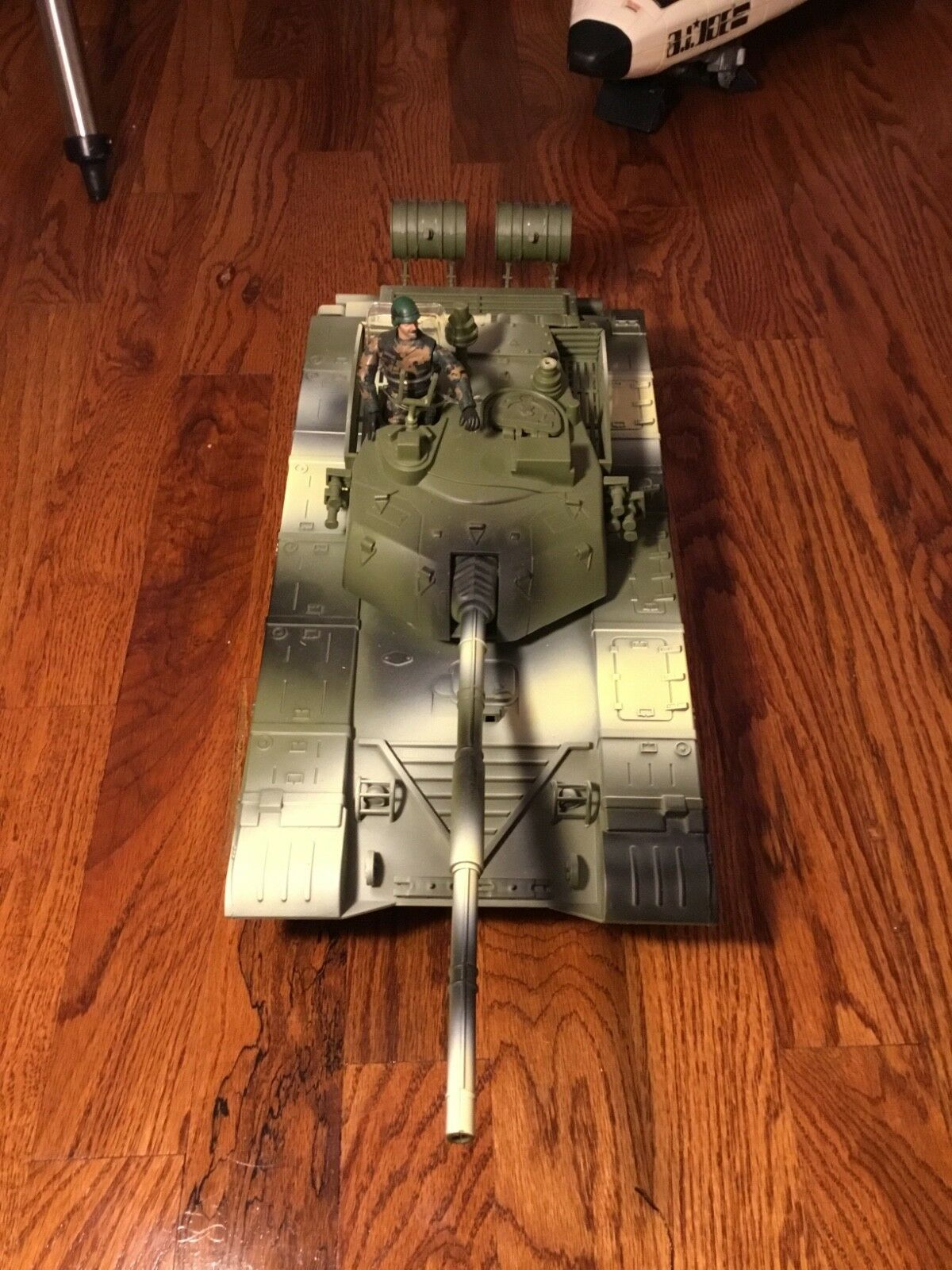 1 18 Tank By Power team elite toys.