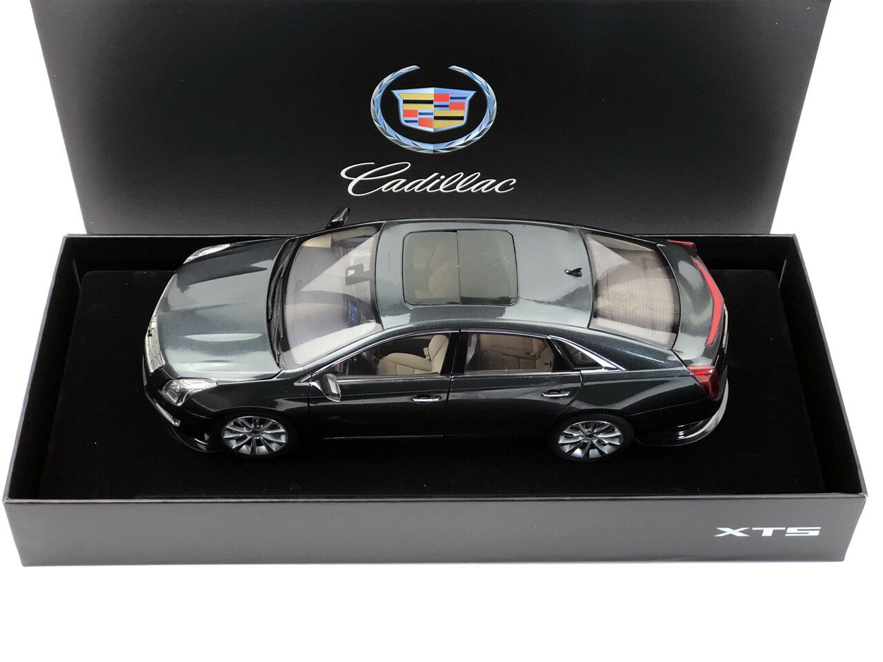 1:18 Cadillac XTS Gris Diecast Model Car
