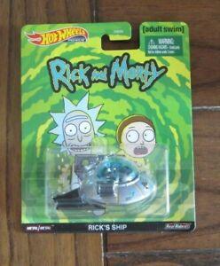 Rick/'s Ship Rick and Morty Retro Entertainment 1:64 Hot Wheels GJR47 DMC55