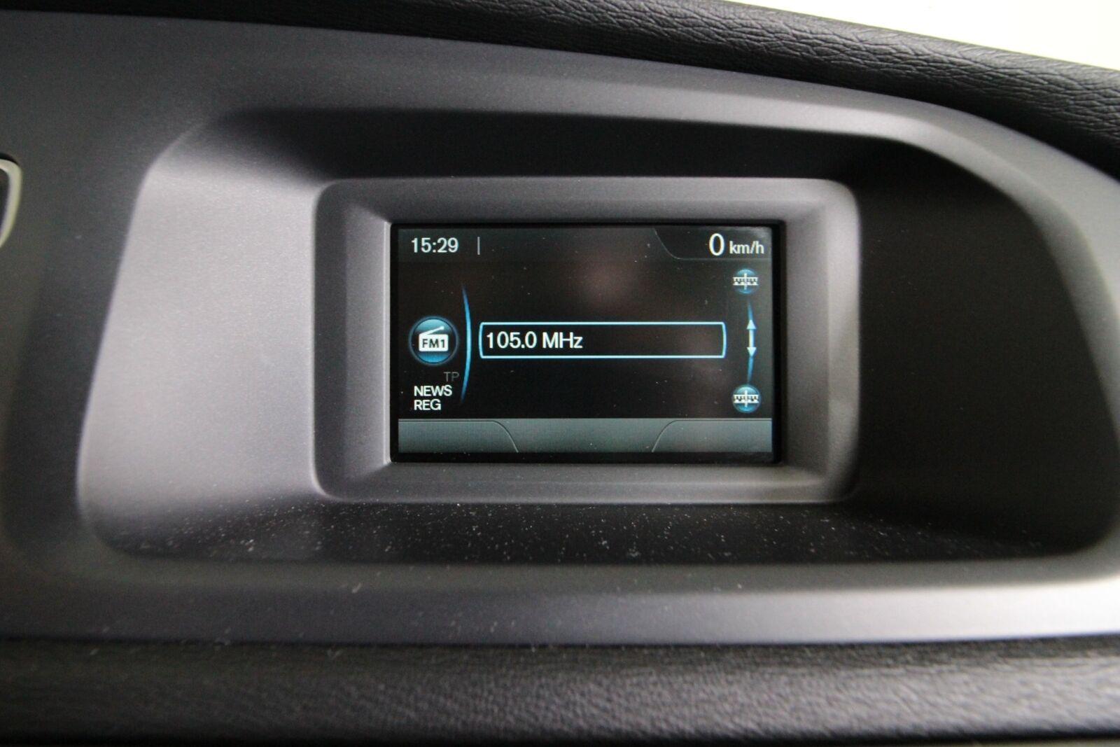 Volvo V40 CC D2 115 Momentum Van