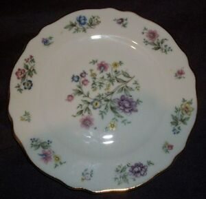 Franconia-Krautheim-K-amp-A-Selb-Bavaria-Germany-Millefleurs-6-034-Porcelain-Plate-6-034-D