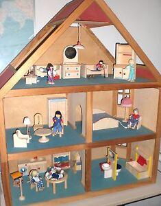 puppenhaus selecta 3 etagen viel zubeh r m bel puppenstube licht puppen ebay. Black Bedroom Furniture Sets. Home Design Ideas