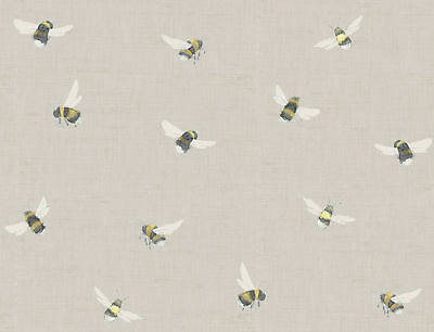 "Voyage Maison /""Busy Bees/"" Fabric on Linen Background Per Meter"
