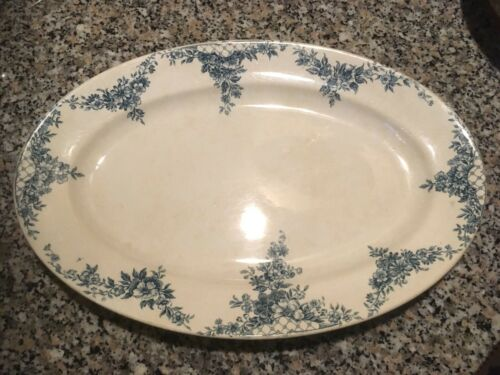 ovale Platte Steingut Bonner Keramik um 1900 grüne Ranken auf beigem Fond
