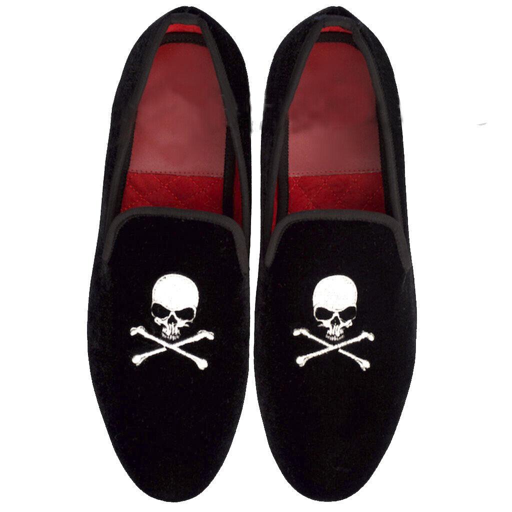 Zapatos para hombre hecho a mano de terciopelo negro bordado de plata de logotipo de cráneo Mocasines Informales Nuevos
