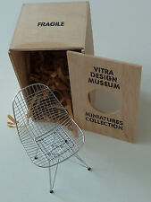 VITRA DESIGN MUSEUM Charles Eames, 1950 DKR »Wire Chair« miniatura