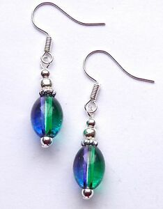 PURPLE amp GREEN OVAL GLASS BEAD DROP EARRINGS POSTAGE DISCOUNTS AVAILABLE - Neath, Neath Port Talbot, United Kingdom - PURPLE amp GREEN OVAL GLASS BEAD DROP EARRINGS POSTAGE DISCOUNTS AVAILABLE - Neath, Neath Port Talbot, United Kingdom