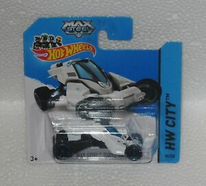 HotWheels-Diecast-2014-MAX-STEEL-TURBO-RACER-NEW-Sealed