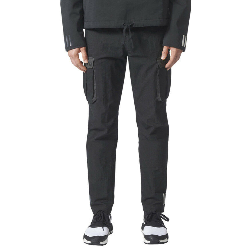 Six Pocket Mountaineering Weiß adidas Mens Pants Originals