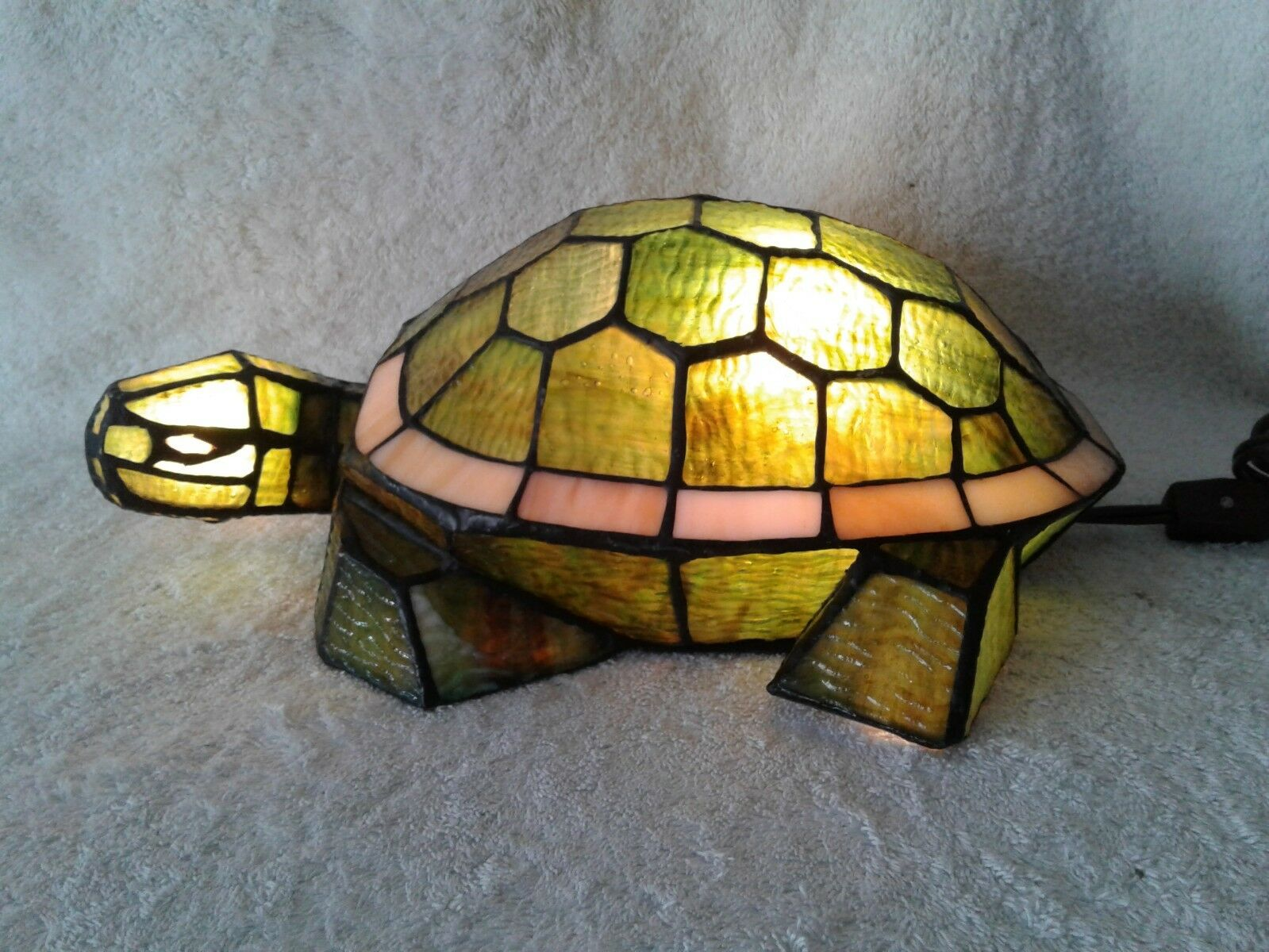 Beautiful 13-1 2  Turtle Lamp Night Light Grün and WeißLighted with Cord