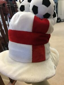 b342d3050ece BNIP England Football Hat and Bunting banner