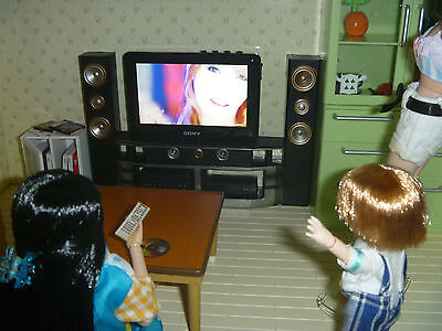 Working Dollhouse TV 1:12 scale Hours of TV Shows Sound+Movie Playable