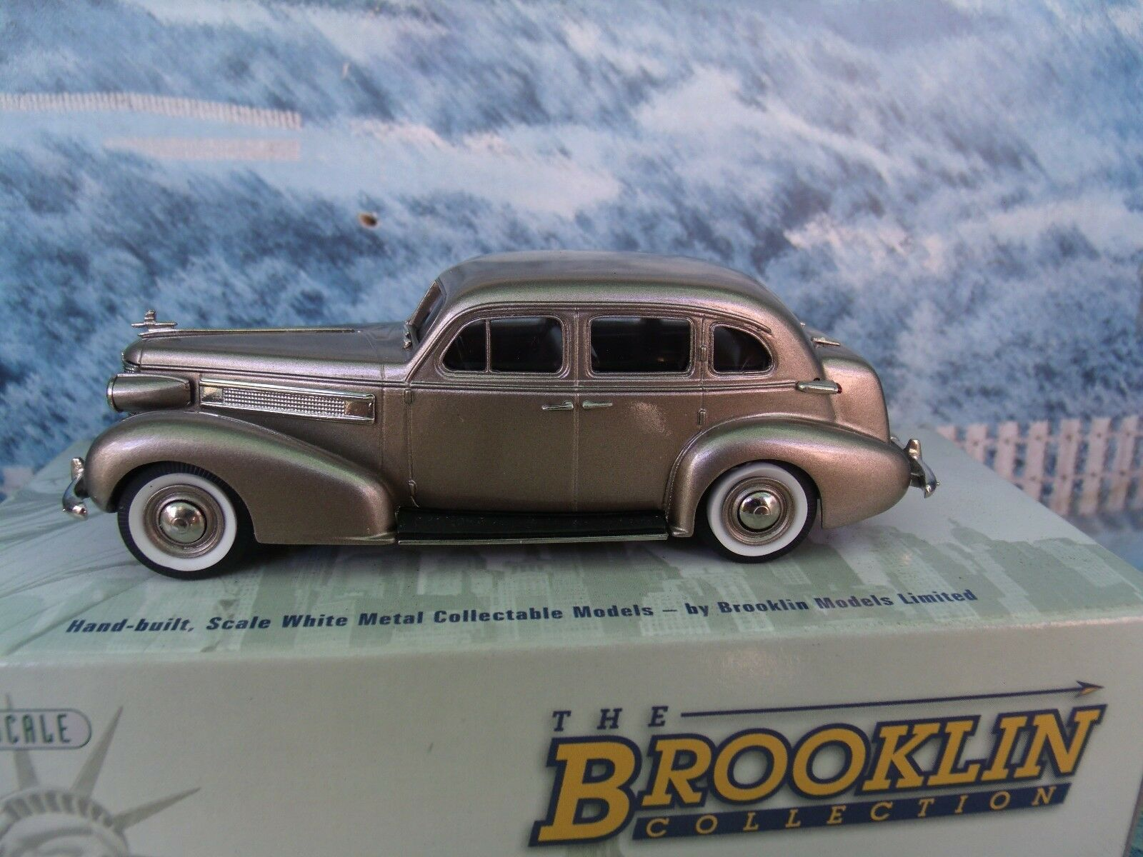 Brooklin modelos de Oldsmobile 1 43 L-37 Touring Sedan 1937 Modelo de Metal biancao
