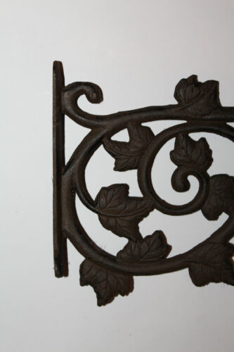 Traffic Light Holder Wall Holder Cast Iron Grape Vine Rust Look Country Style Shabby Vintage