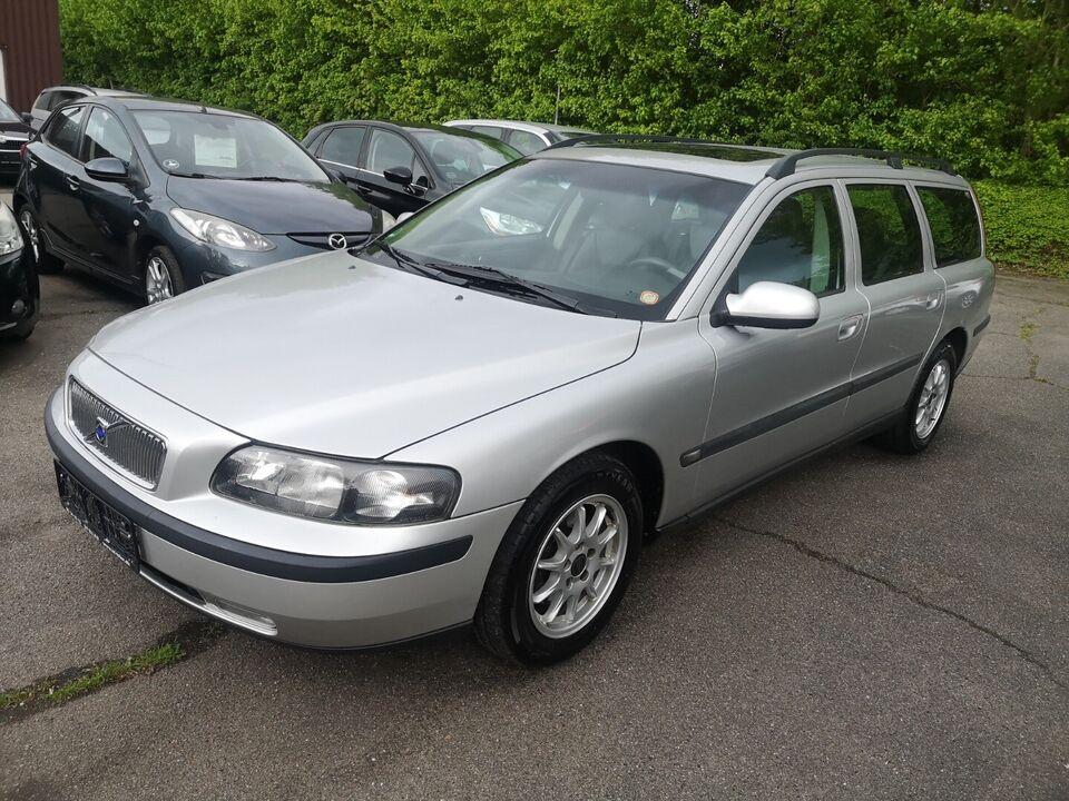 Volvo V70 2,4 Benzin modelår 2001 km 223000 træk nysynet ABS
