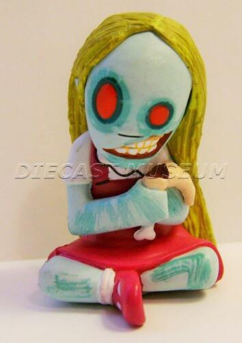 "DAWN WITH HAND COLOR LIVING DEAD DOLLS FIGURINES 2/"" RESURRECTION MEZCO BLIND BOX"