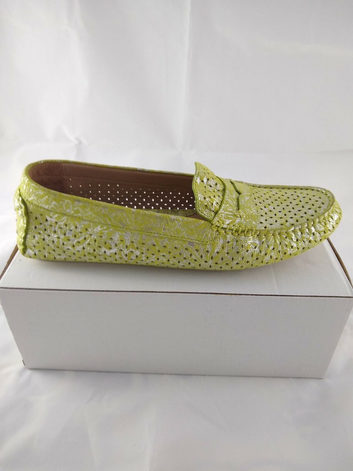 Women's Johnston and Murphy Maggie Penny Loafer Green Flat NubSize 9.5 New