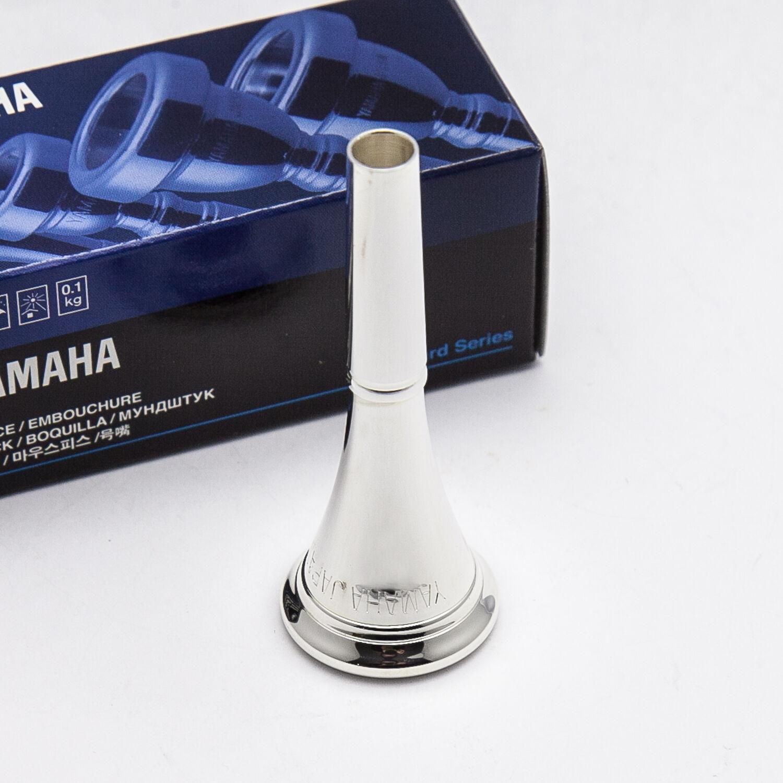 Genuine Yamaha plata cuerno francés francés francés Boquilla, 32D4 Nuevo  envío rápido  98e3bb