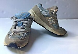 New Balance Sneakers Toddler Sz 8 Blue