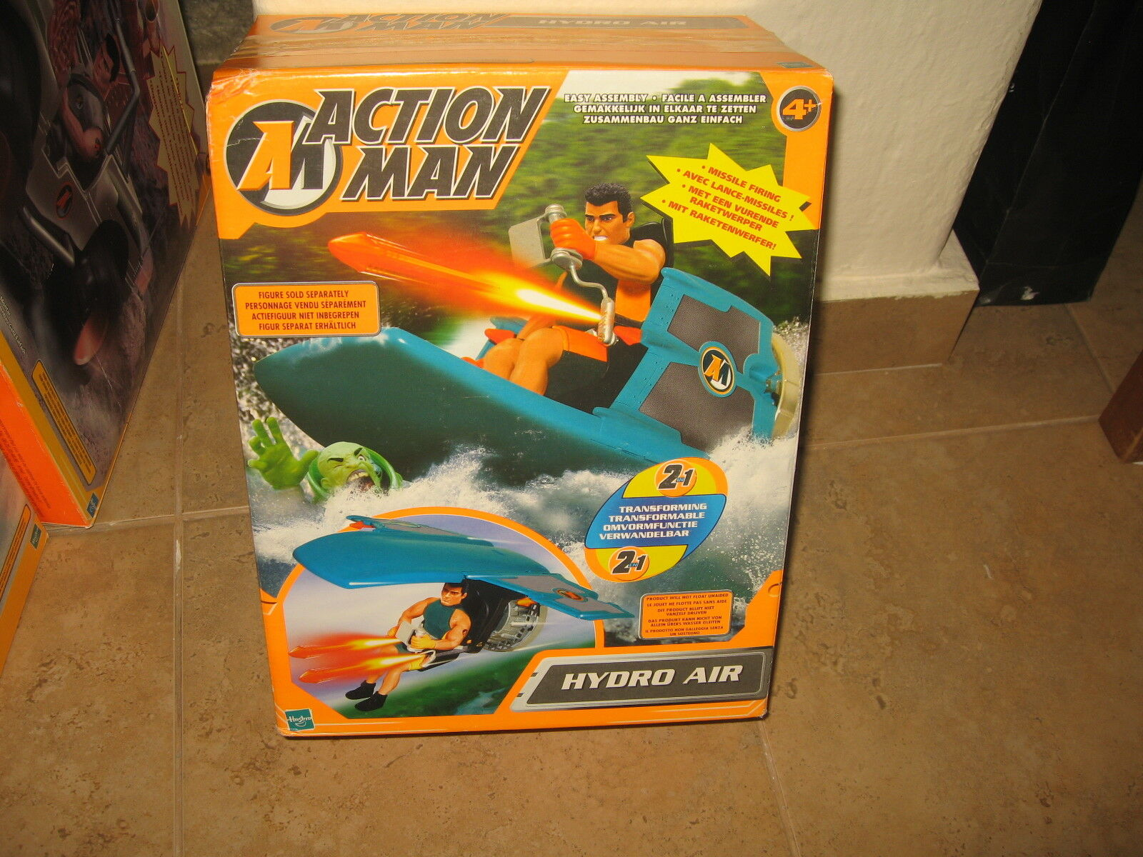 Action Man Hydro Air  Transforming 2 in 1   New in Box made by Hasbro in 2001