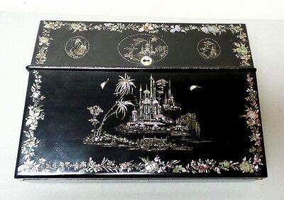 19. C Pappmaché Lap Schreibtisch-, Schwarz Lack Chinoisiere Dekoration, C 1850 ZuverläSsige Leistung