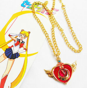 Sailor Moon Soldier Usagi Tsukino Heart Wing Necklace Pendant Bronze