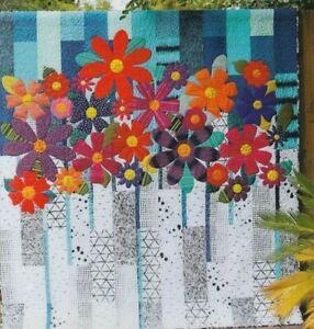 Indah-Blossoms-applique-amp-pieced-quilt-PATTERN-12-piece-Template-Set