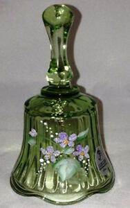 Fenton-Lt-Green-Bell-Hand-Painted-Violets-Signed-Brand-New-F757
