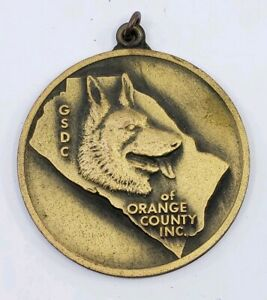 Vintage-German-Shepherd-Dog-Club-of-America-Orange-County-Medal