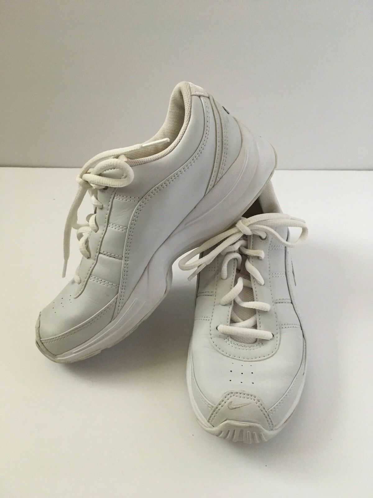 Nike Women White Gray Leather Energy Cheer Cheerleading Shoes 6 Athletic 310906 Wild casual shoes
