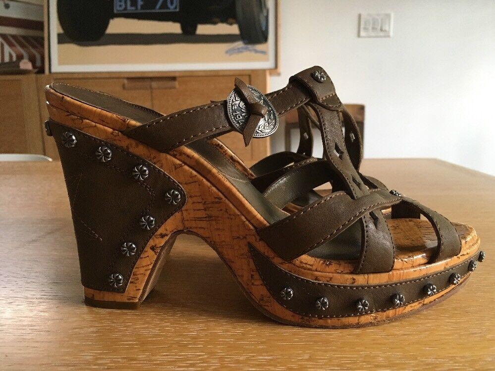 Autentico  CHRISTIAN DIOR Marronee Leather Studded Platform Sandals Dimensione 8  centro commerciale di moda