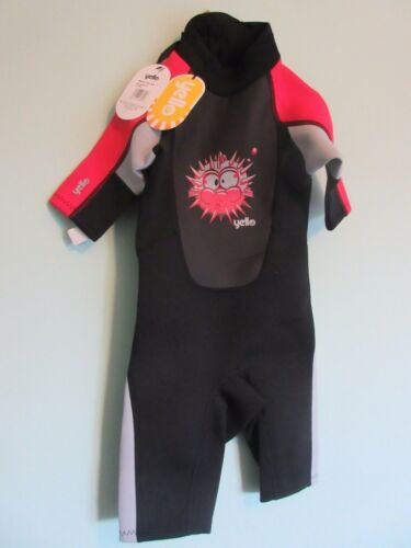 KID'S WET SUIT SIZE XXS 23 YEARS BLACK WITH RED & GREY TRIM, NEW WITH TAGS